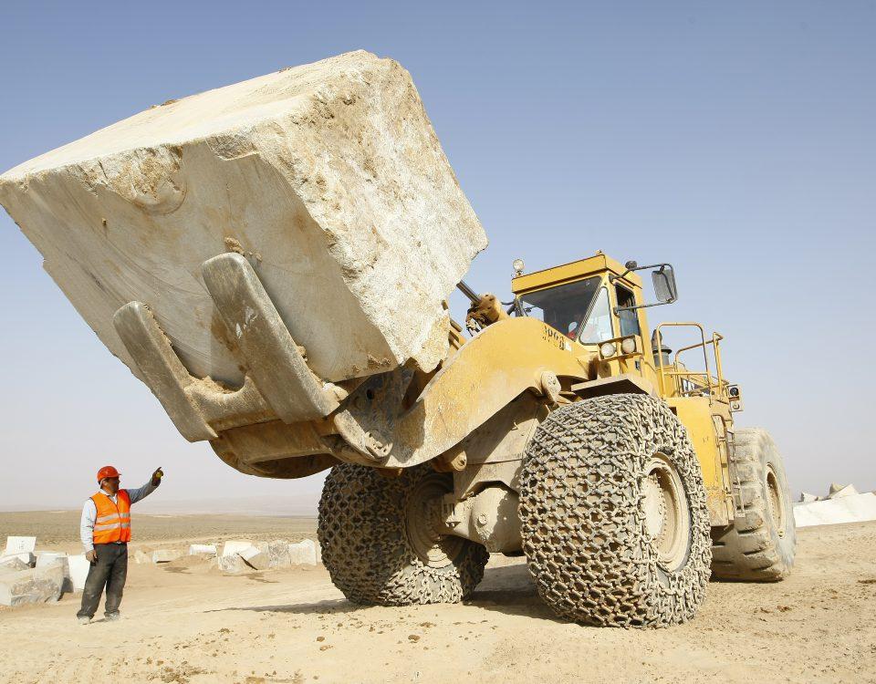 معادن سنگ در ایران ، چهارمین ذخیره گاه بزرگ سنگ در جهان