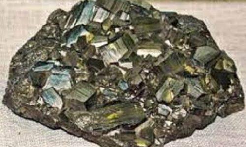 كاربرد و انواع سنگ آهن